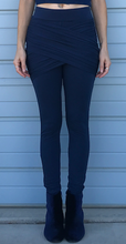 Load image into Gallery viewer, Lake Blue Embrace Legging