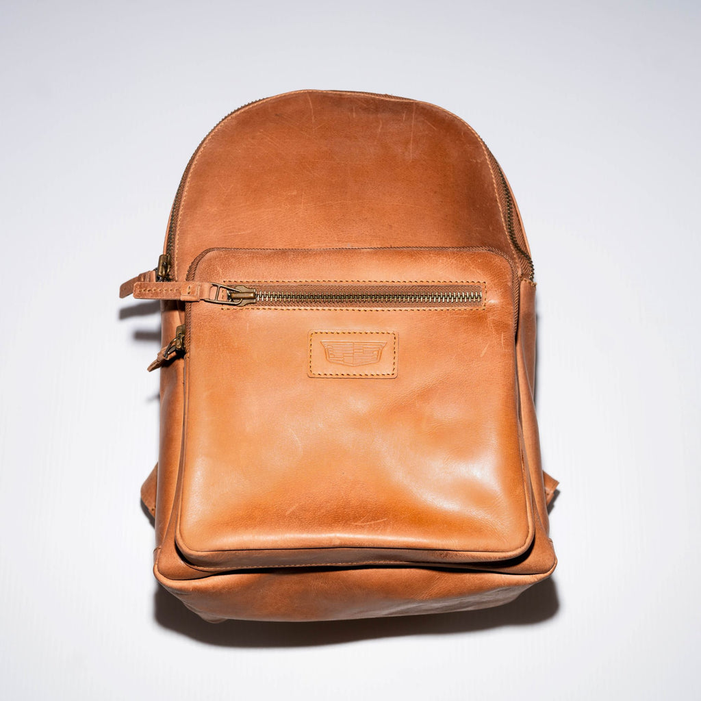 This leather backpack is versatile to fit into multiple lifestyles, created for the modern traveler, student or professional. It combines craftsmanship and functionality with Adesso's use of premium materials such as top-grain cowhide leather and high-quality hardware without the luxury price tag.