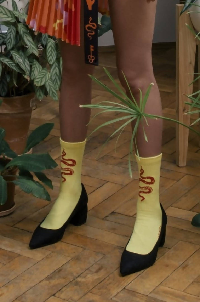 Load image into Gallery viewer, SOCKS SNAKES YELLOW