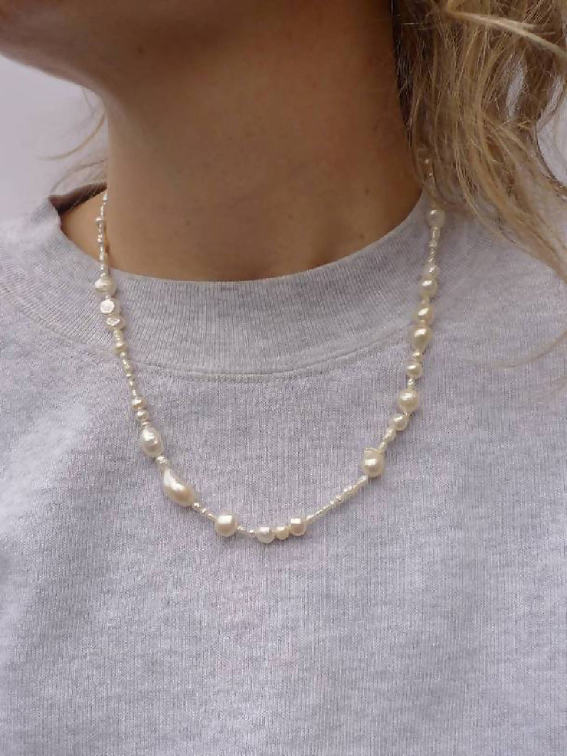Load image into Gallery viewer, Salvaged Pearl Necklace