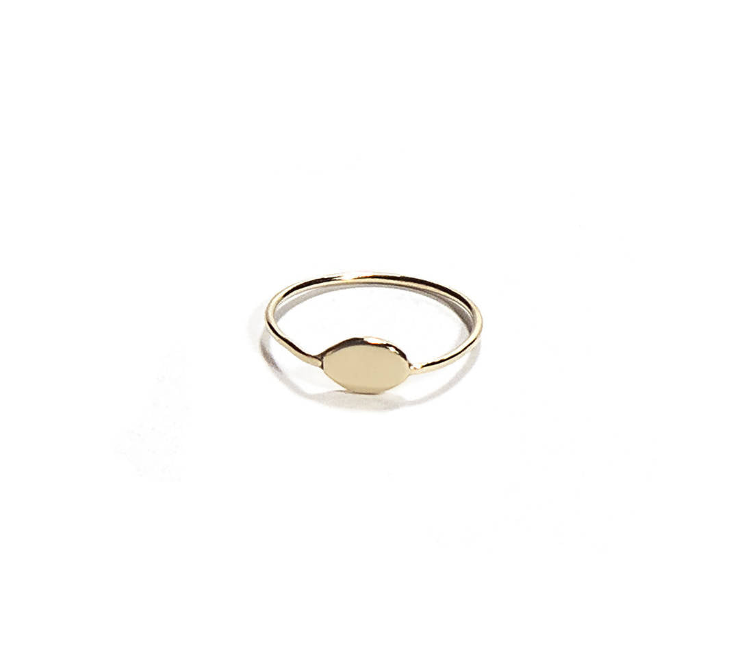 Pond Gold Signet Oval Ring
