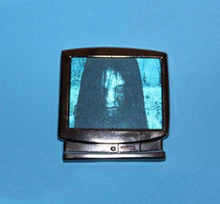 Load image into Gallery viewer, Samara TV lenticular pin