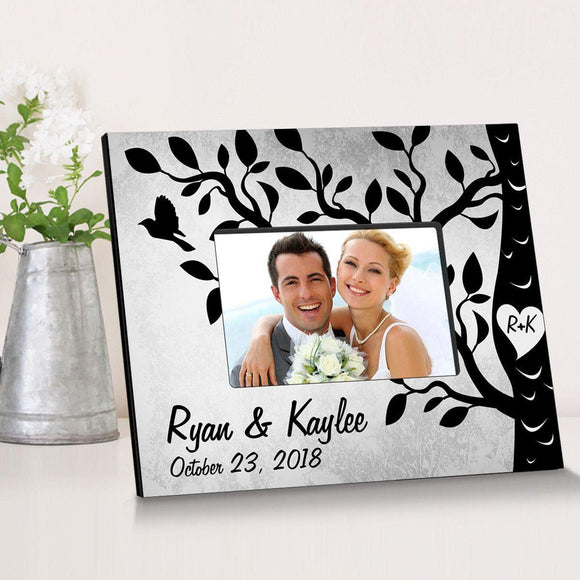 Personalized Etchings On The Tree Wooden Picture Frame