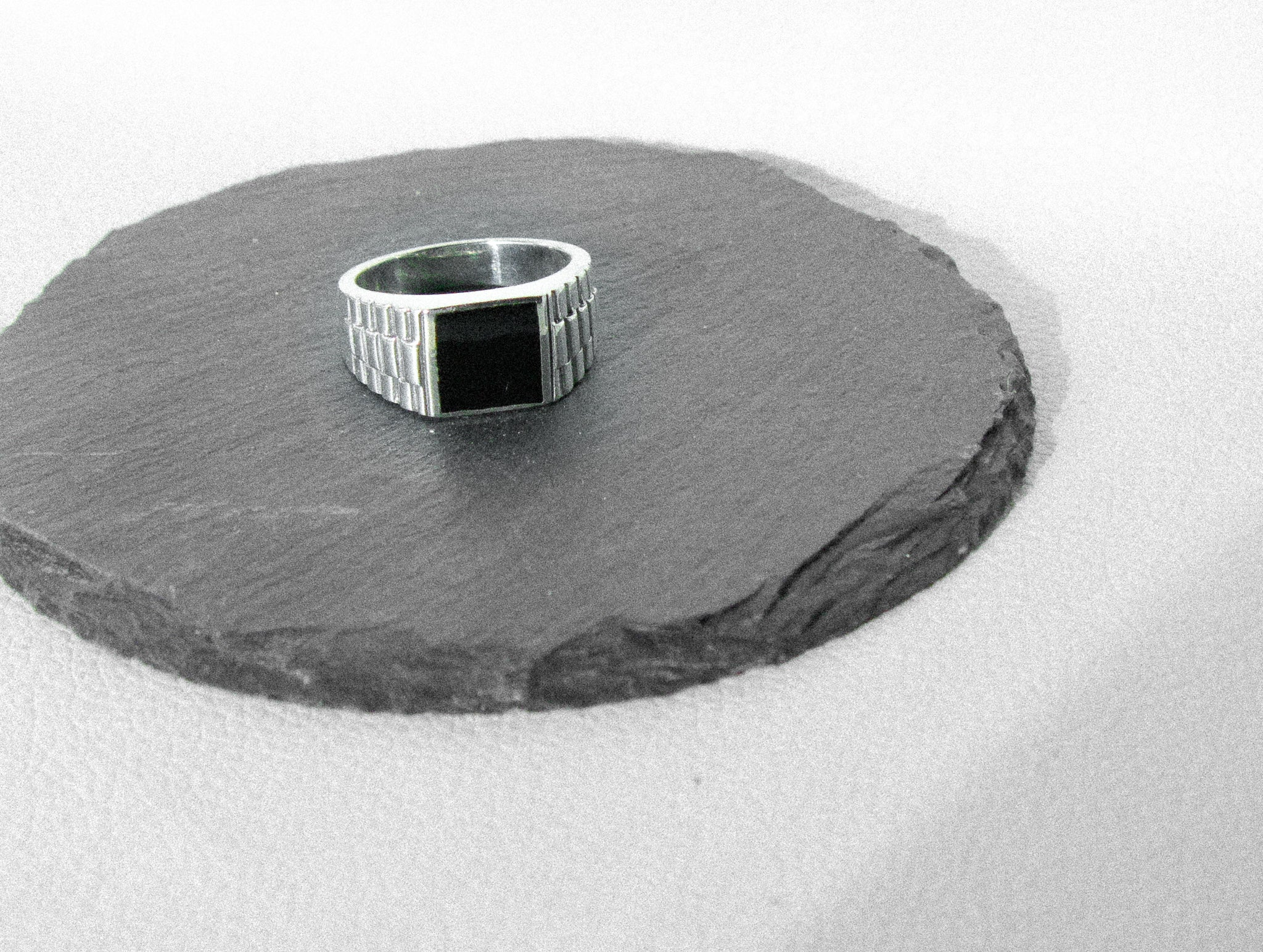 mens silver ring, toronto handmade silver mens ring, mens ring onyx, mens toronto silver jewellery, made in canada, cheap solid silver mens ring