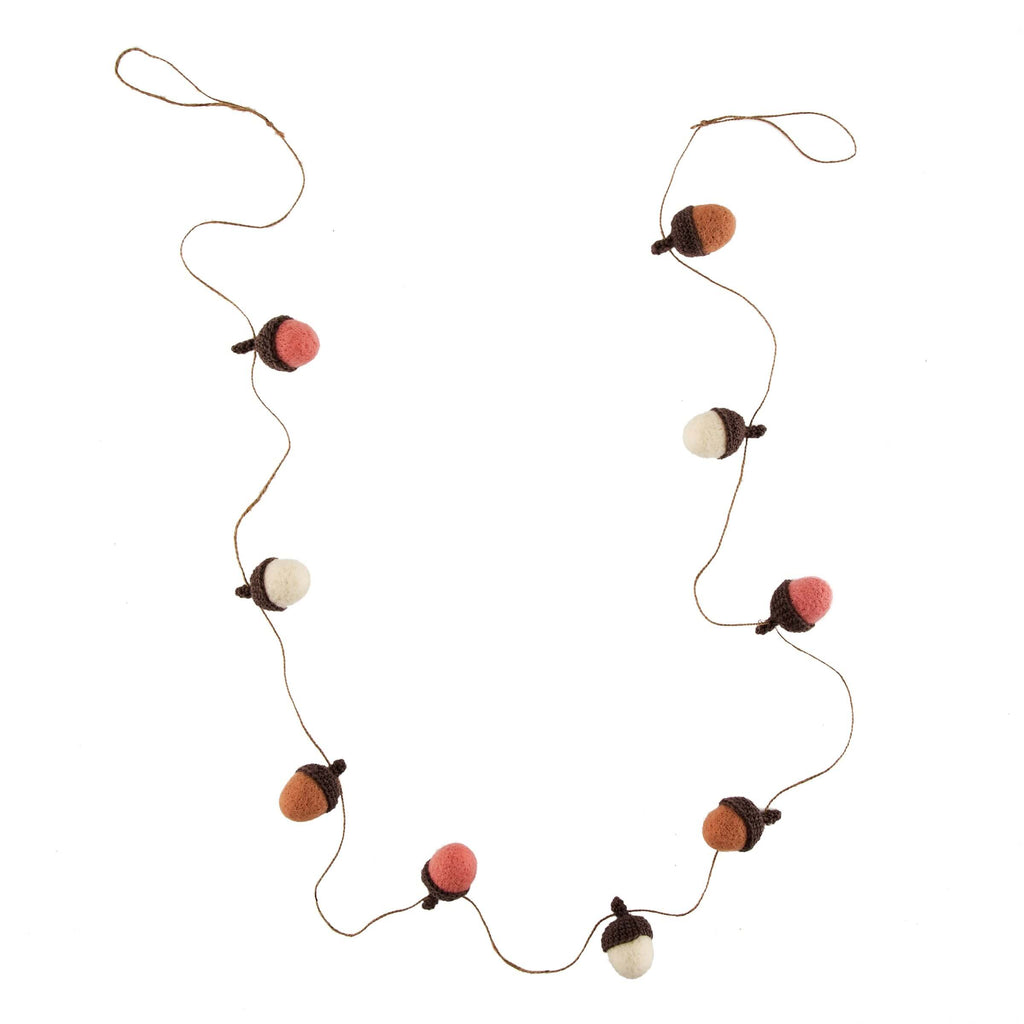 Wonderland Acorn Garland Decoration