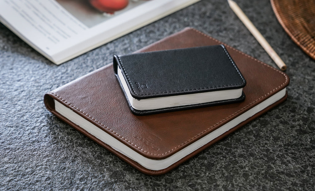 Light Book Mini Leather black