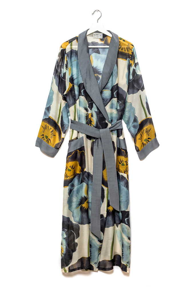 One Hundred Stars Pansy Dressing Gown