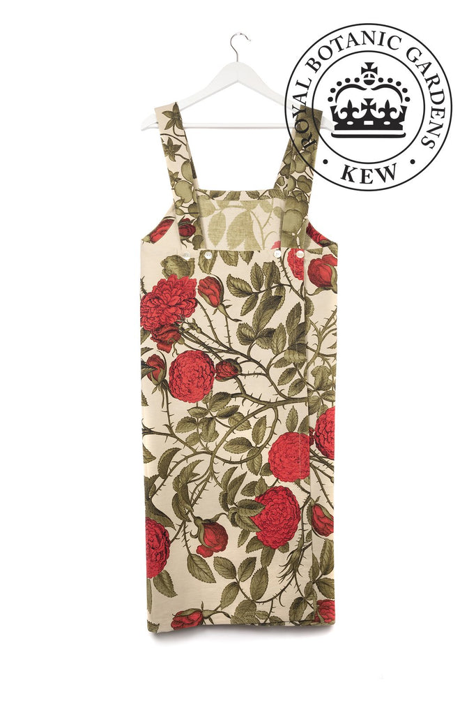 One Hundred Stars & Kew Gardens Rose Bush Red Apron