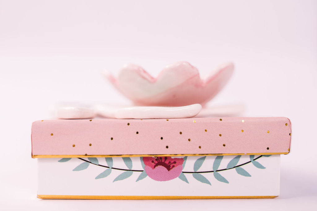 Secret Garden Flower Dish With Gift Box