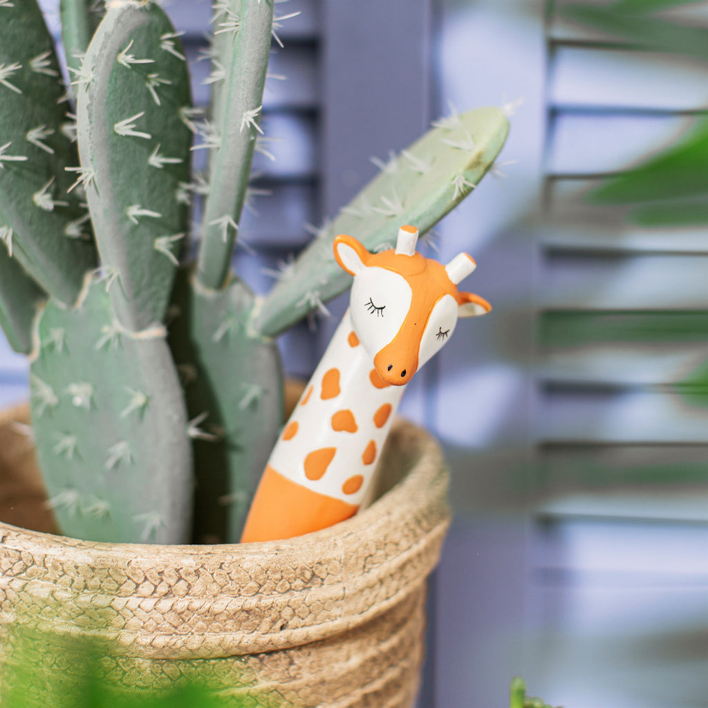 Giraffe Watering Spike