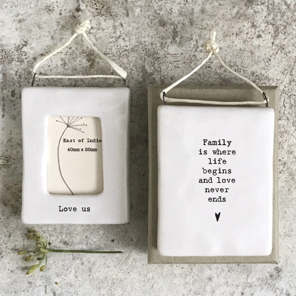 Mini hanging frame Love, Us