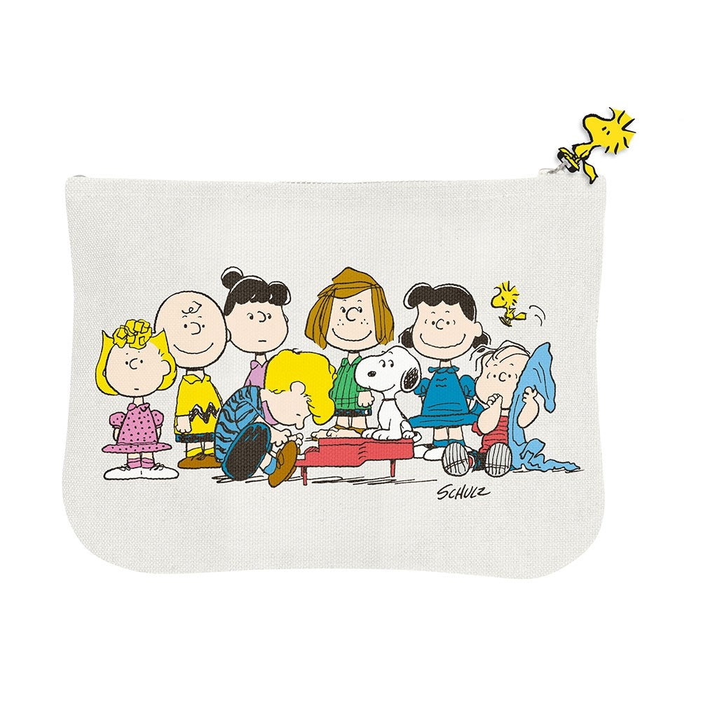 Snoopy And The Gang Pouch