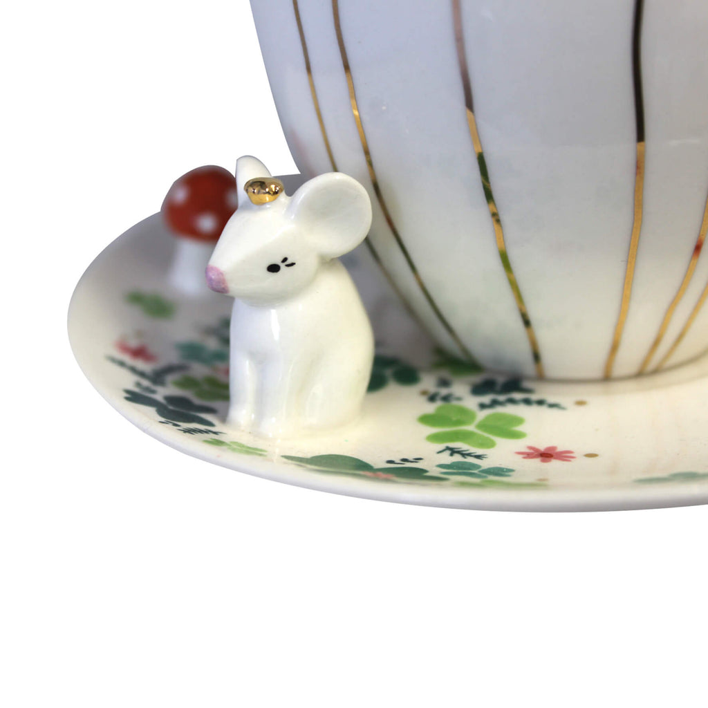Secret Garden Mouse Teacup With Gift Box Detail
