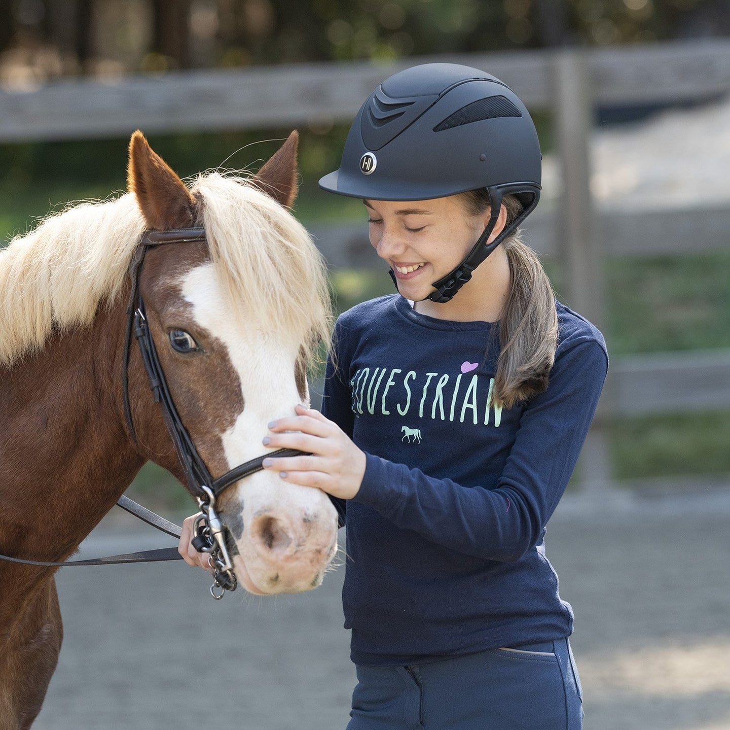 20553 - Equestrian With Heart Girls Long Sleeve Tee