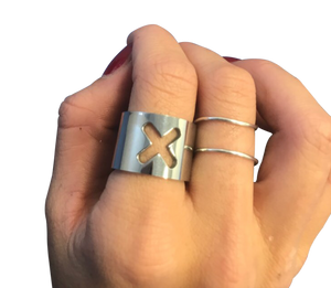 Cut-out Cross Chunky Silver Metal Ring - coleculture