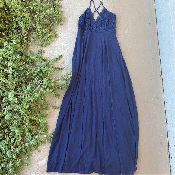 Lulu's Madalyn Navy Lace Maxi Dress, Size Medium