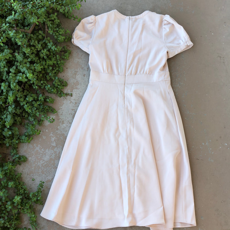 Gal Meets Glam Cream Dress, Size 12