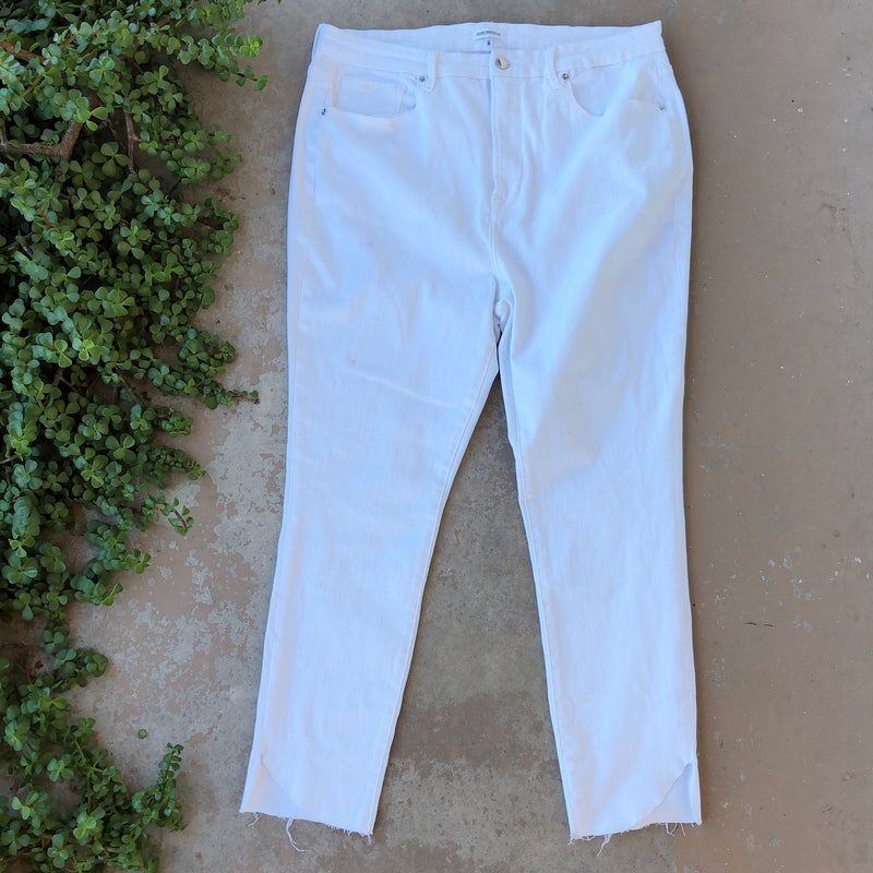 Good American White Fray Jeans, Size 20