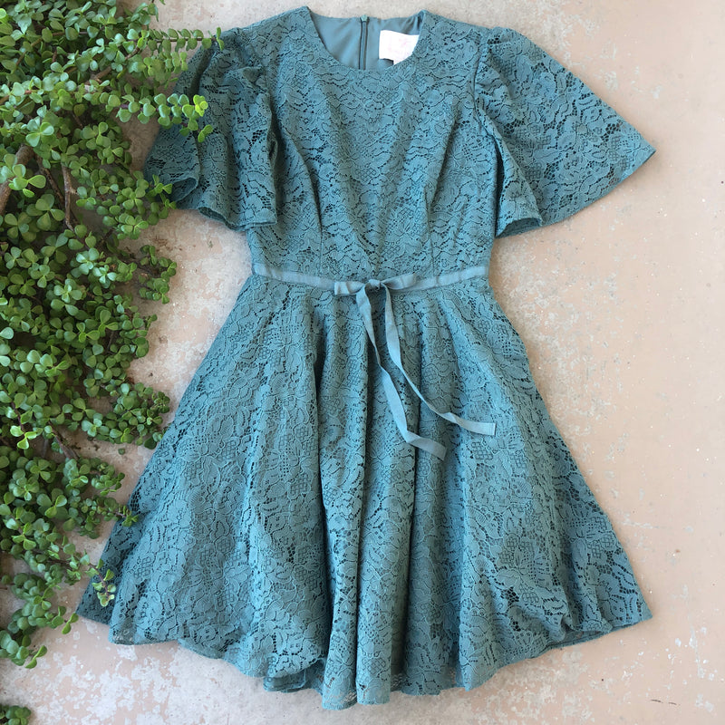 Gal Meets Glam Green Lace Dress, Size 00