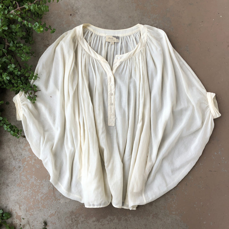 Elizabeth and James Cream Button Top, Size XS