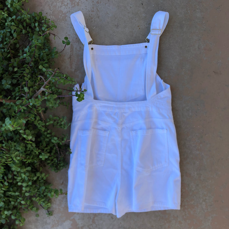 Frame White Overall Shorts, Size XL