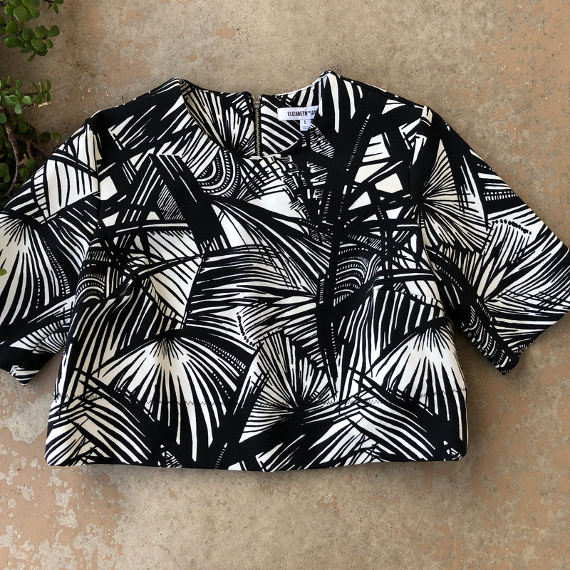 Elizabeth and James Black and White Top, Size Large