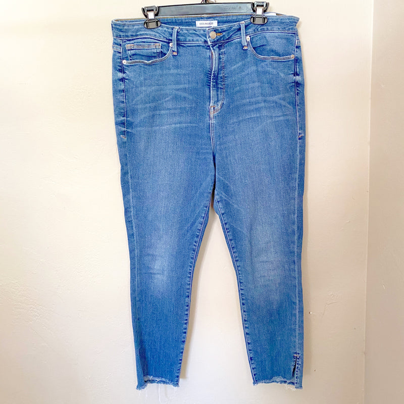 Good American Good Legs Fray Jeans, Size 18