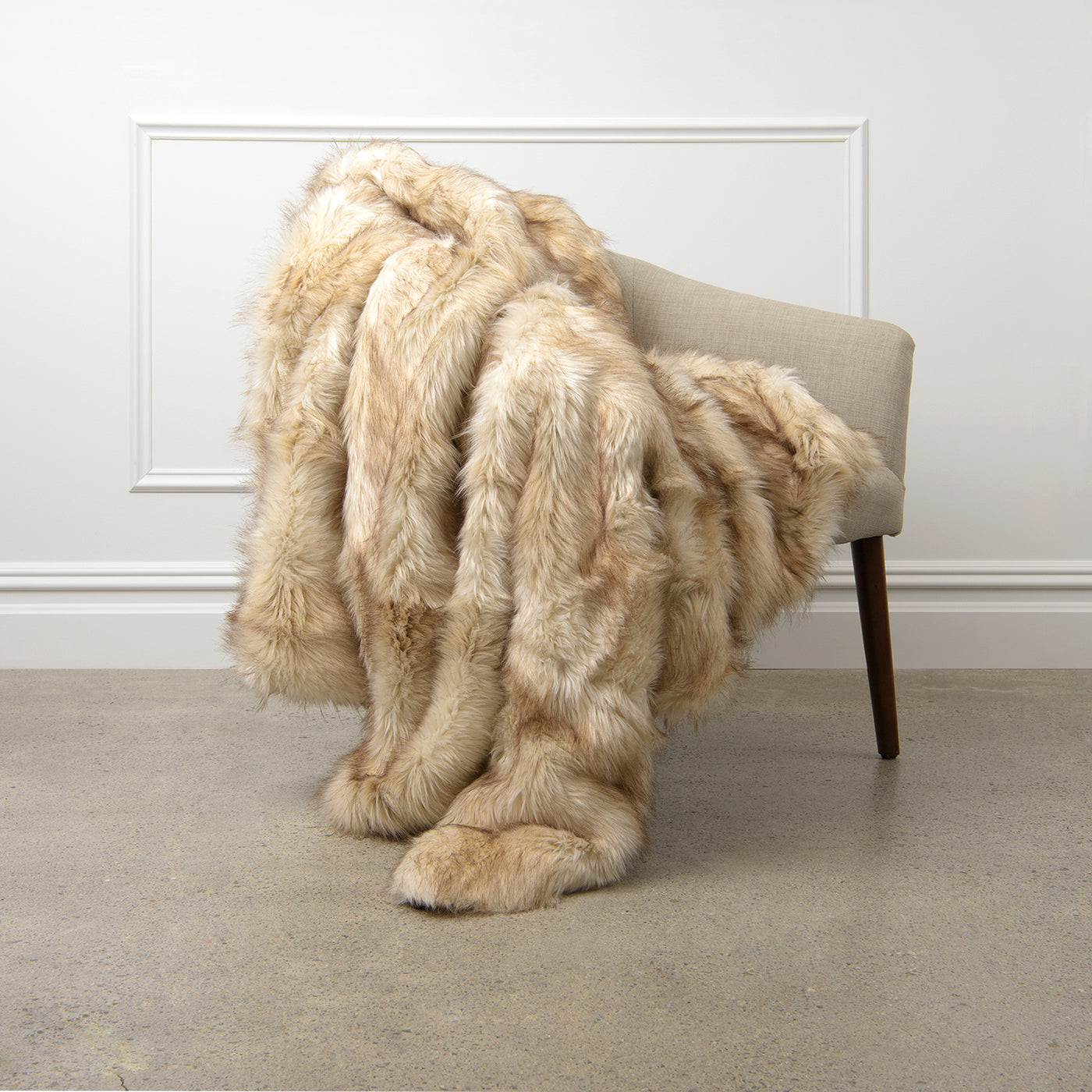 Faux Fur Throw - Champagne Fox