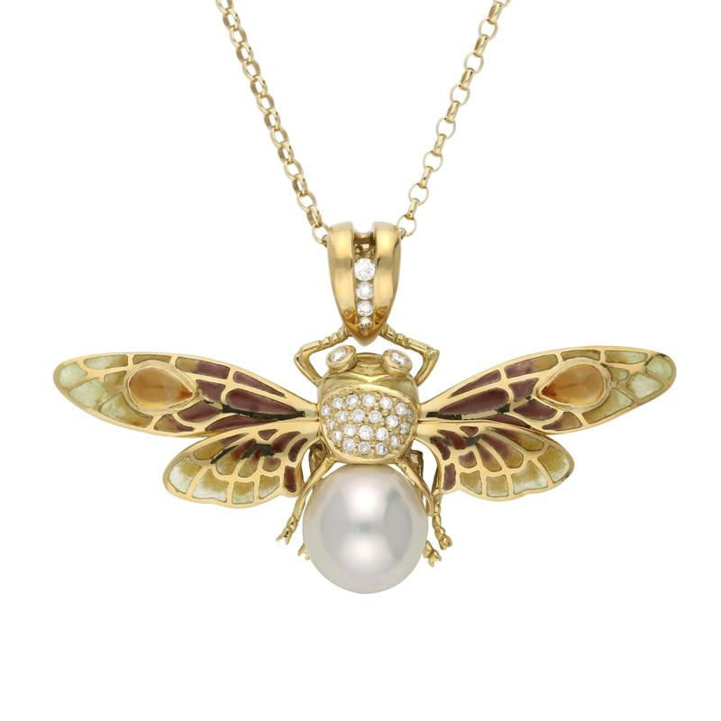18ct Yellow Gold Pearl Diamond Enamel House Style Moth Necklace