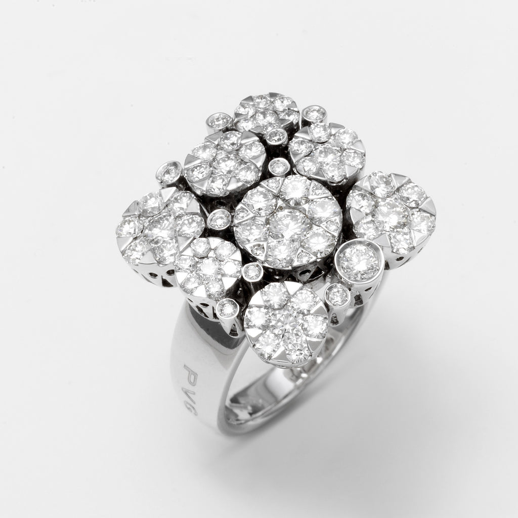 Ponte Vecchio 18ct White Gold and 2.12ct Diamond Cluster Ring