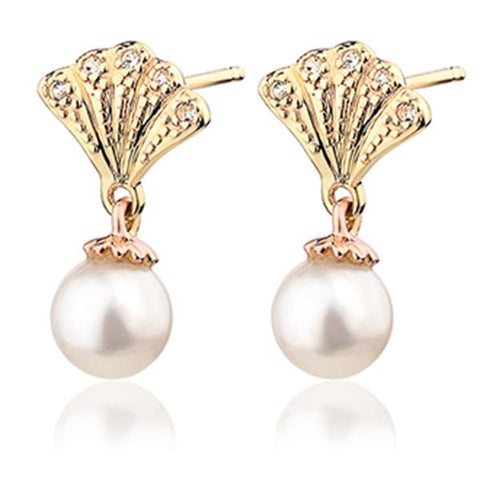 c0a99b2d55967 Clogau 9ct Yellow & Rose Gold White Topaz Windsor Pearl Stud Earrings