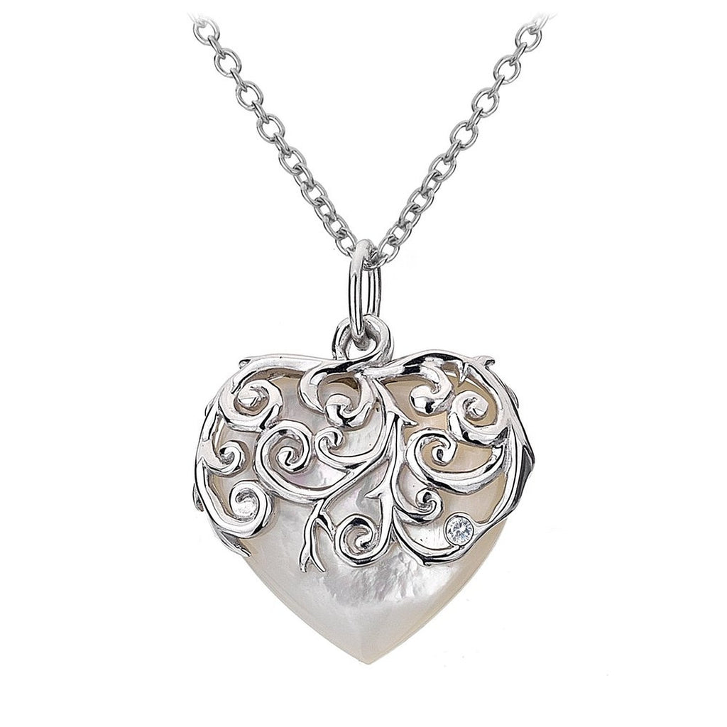 Hot Diamonds Necklace Wild Roses Love Heart Mother of Pearl