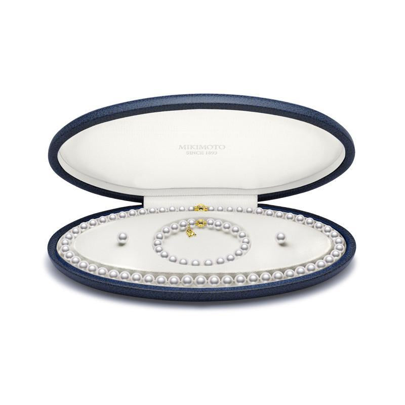 MIKIMOTO NECKLACE, BRACELET AND EARRING SET PEARL AND 18CT YELLOW GOLD