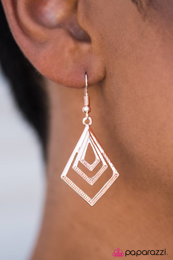 Don't GEO There! - Paparazzi Rose Gold Earring - BlingbyAshleyNicole
