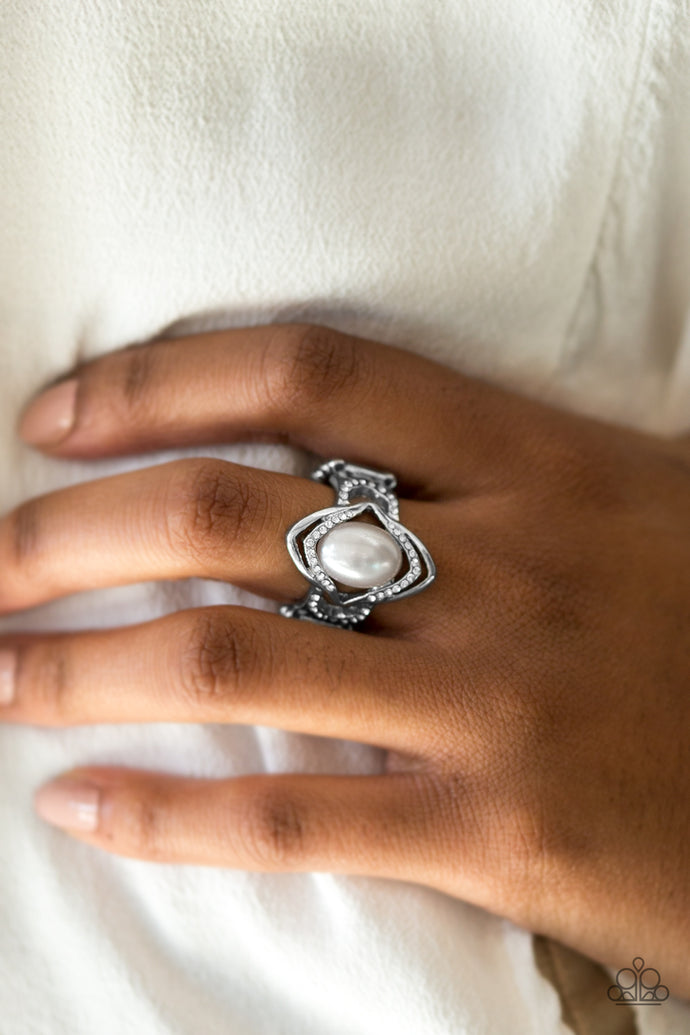 Positively Posh - Paparazzi White Ring - BlingbyAshleyNicole