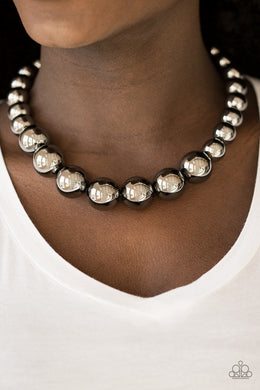 Glamour Glare - Paparazzi Black Necklace - BlingbyAshleyNicole