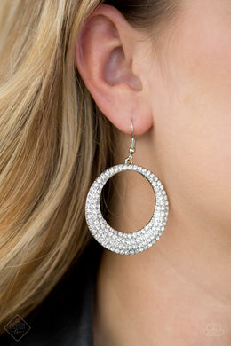 Very Victorious - Paparazzi White Earring - BlingbyAshleyNicole