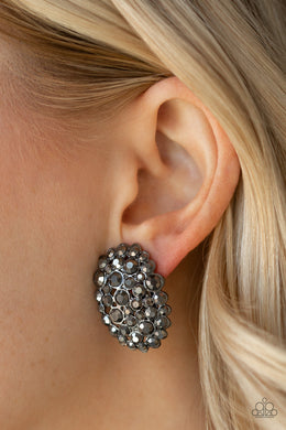Daring Dazzle - Paparazzi Black Earrings - BlingbyAshleyNicole