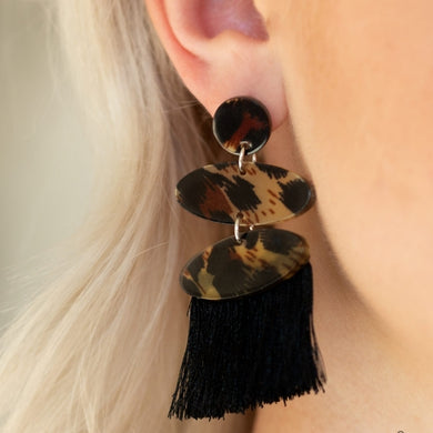 No One Likes A CHEETAH - Paparazzi Black Post Earrings - BlingbyAshleyNicole