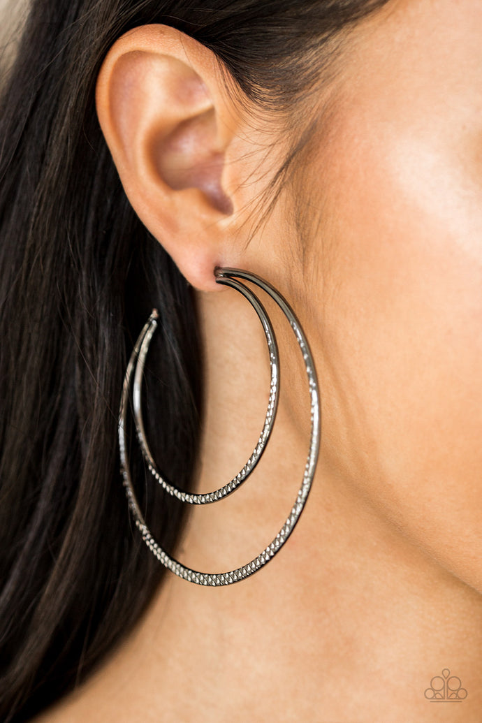 Drop It Like It's HAUTE | Paparazzi Black Hoop Earring - BlingbyAshleyNicole
