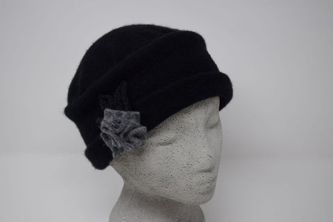 Gatsby Black w. Grey Flower