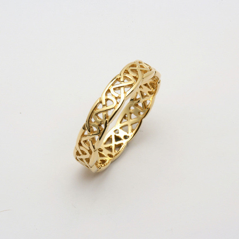 Sheelin 14k Yellow Gold Pierced Band