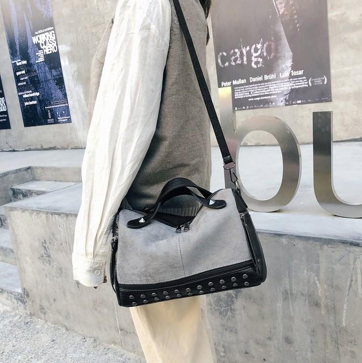 2020 Lady Rivet Handbag