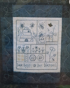 Bee Happy wallhanging pattern.