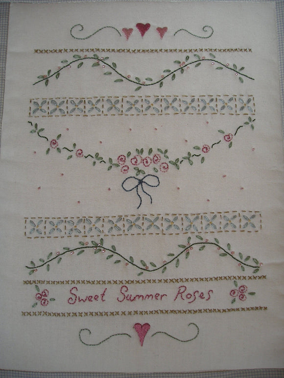 CALICO DESIGNS Sweet Summer Roses Pattern