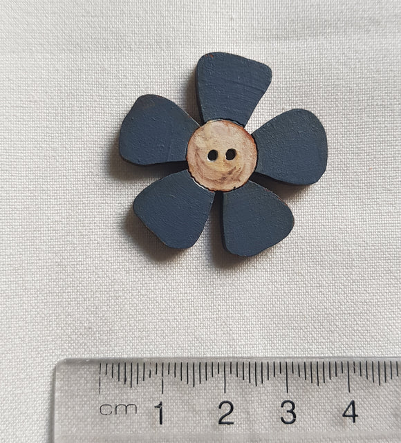 CALICO DESIGNS Daisy Button