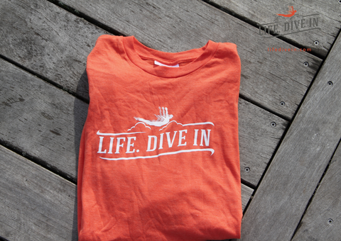 Life Dive in T-Shirt - Orange (Large)