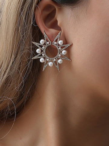Lovely Faux Pearl & Rhinestone Star Stud Earrings - Queen Bunnybee's Gifts