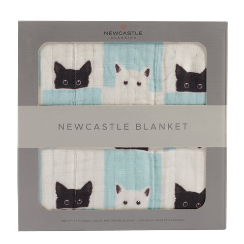 Peek-A-Boo Cats and White Newcastle Blanket - Queen Bunnybee's Gifts