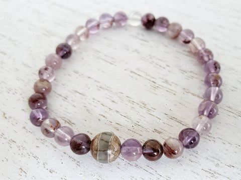 Phantom Quartz and Tibetan Dzi Bead Stretchy Bracelet - 7 inches - Queen Bunnybee's Gifts